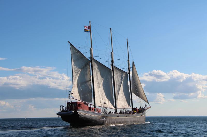 Toronto Harbour Boat Tours